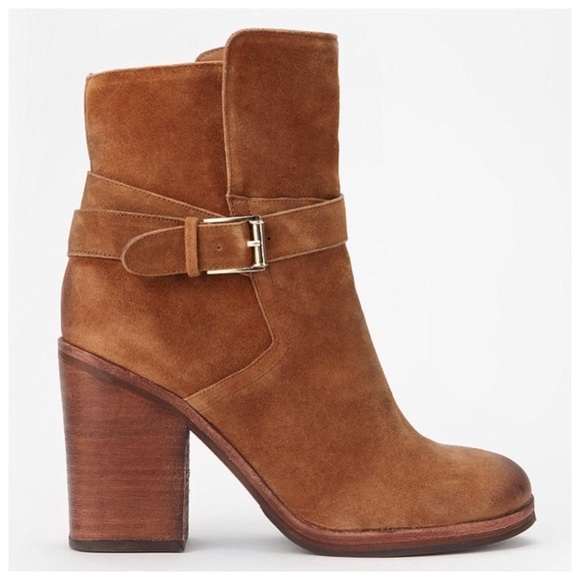 5a8b4b9e6942 Sam Edelman Perry Suede Heeled Ankle Boots. M 5aaad3b731a37674dc9d8aa5